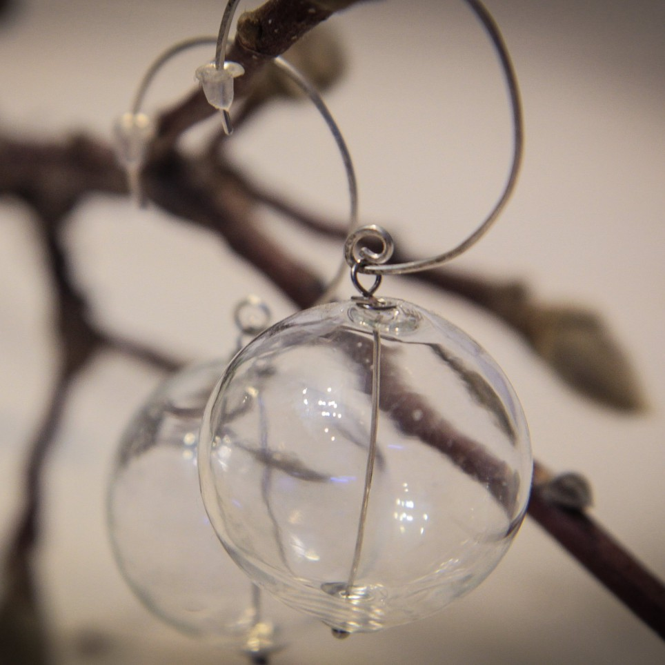 Collana con sfere di vetro